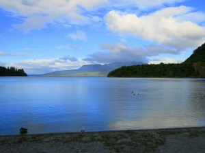 ozero-taravera-v-novoj-zelandii