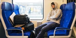 pochemu-ukachivaet-v-transporte