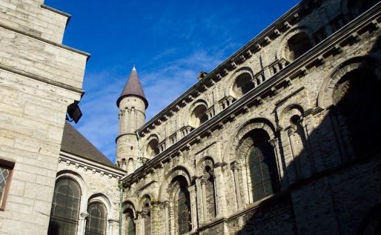 Кафедральный собор в Тюрне, в Бельгии