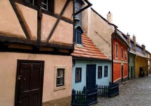 Золотая улица в Праге