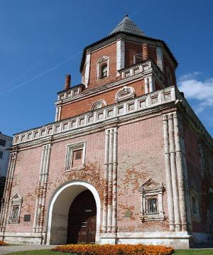 Царская усадьба Измайлово, мостовая башня