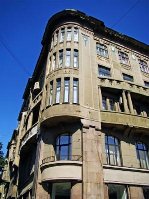 Здание на Дерибасовской улице в Одессе