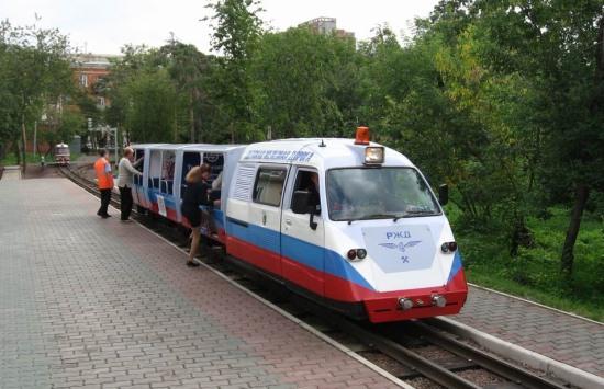 Поезд на Детской железной дороге в Новосибирске