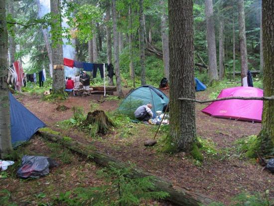Лагерь возле Пслухских нарзанов