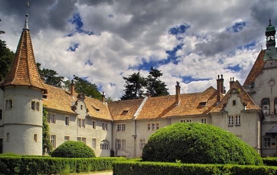 Замок Шенборнов в Карпатах