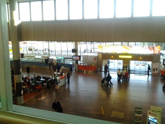 Внутри аэропорта Шереметьево