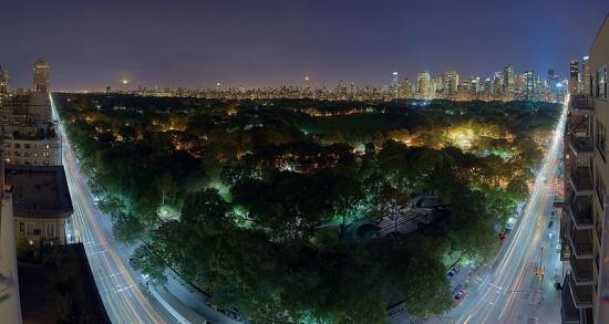 Центральный парк в Нью-Йорке вечером