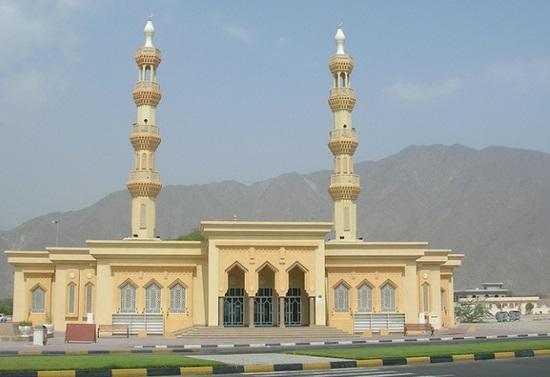 Хор-Факкан, мечеть