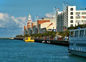 Нэви Пиер (Navy Pier)
