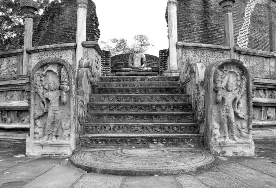 Шри Ланка, страна древних религиозных традиций